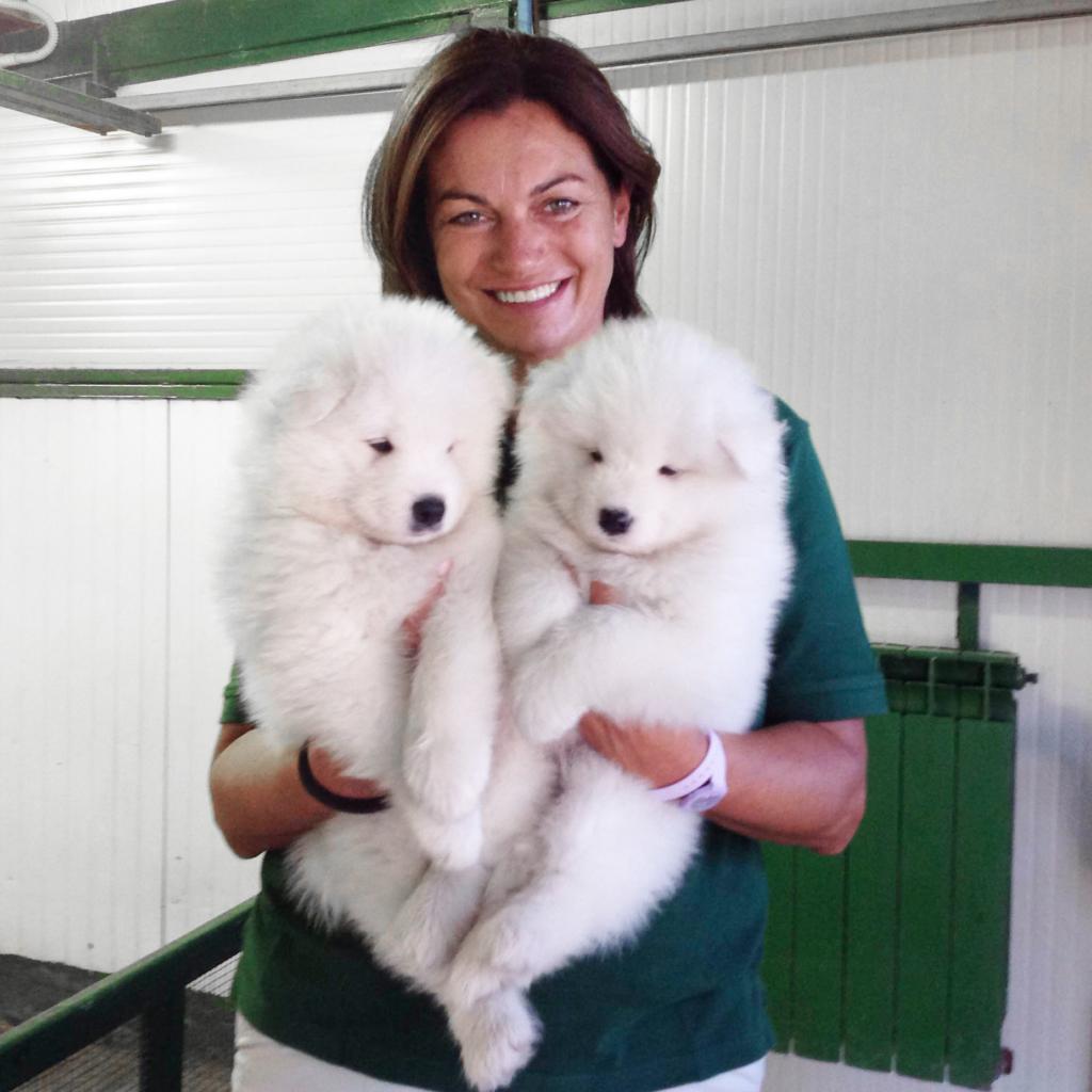 paola e i cuccioli di Felicia 2014 1024x1024 LAllevamento